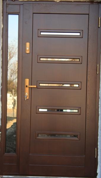 drzwi-zewnetrzne-drewniane-002