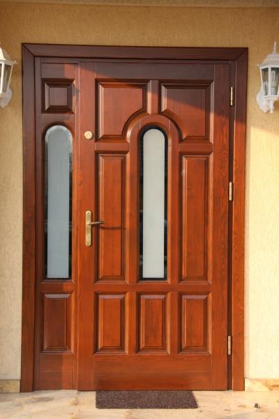 drzwi-zewnetrzne-drewniane-004