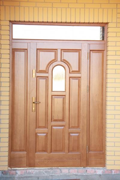 drzwi-zewnetrzne-drewniane-008