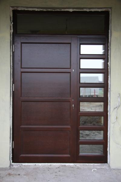 drzwi-zewnetrzne-drewniane-010