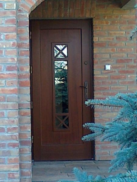 drzwi-zewnetrzne-drewniane-017