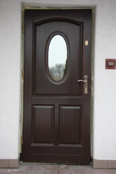 drzwi-zewnetrzne-drewniane-023