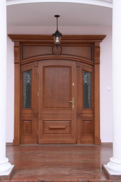 drzwi-zewnetrzne-drewniane-024