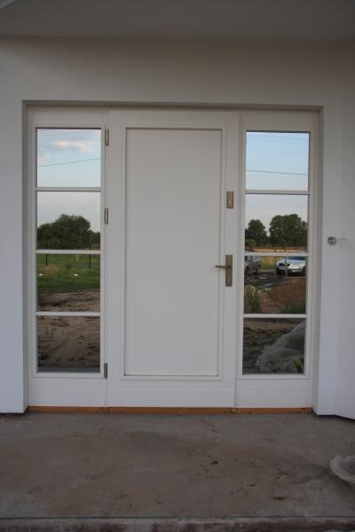 drzwi-zewnetrzne-drewniane-029