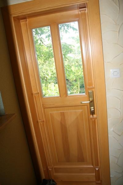 drzwi-zewnetrzne-drewniane-034