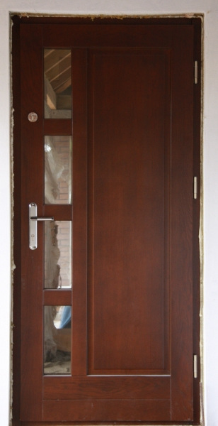 drzwi-zewnetrzne-drewniane-051