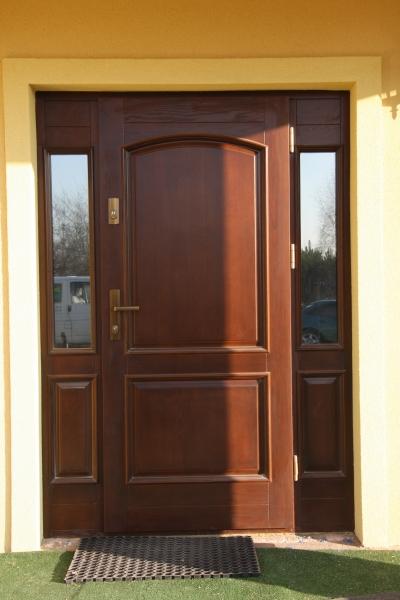 drzwi-zewnetrzne-drewniane-053