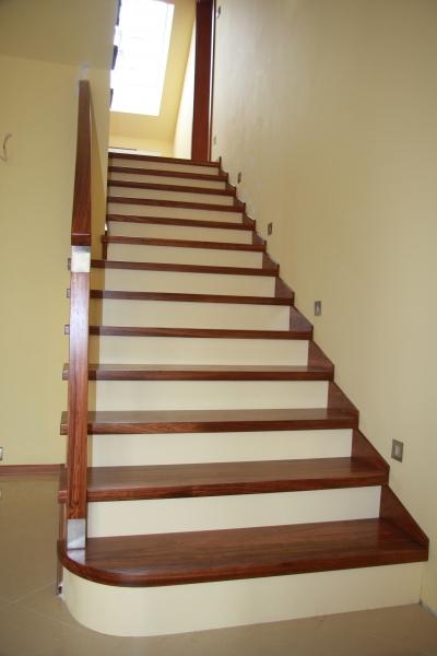schody-drewniane-001