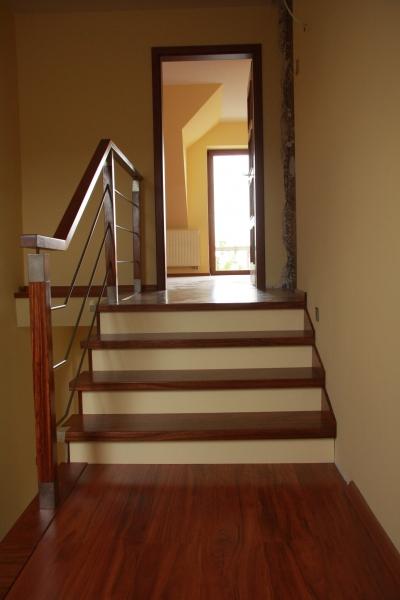 schody-drewniane-003