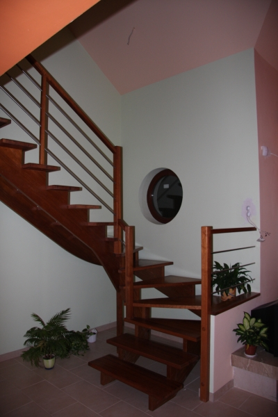 schody-drewniane-011