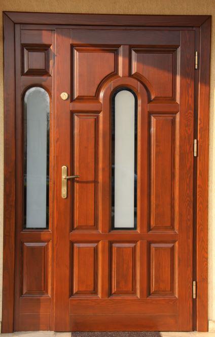 Drzwi zewnętrzne z drewna Piotrków Trybunalski
