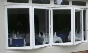 Produkujemy okna angielskie drewniane